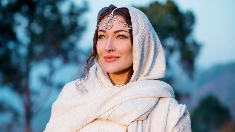 Canadian Traveler Rosie Gabrrrielle Converts To Islam After Spending Time In Pakistan
